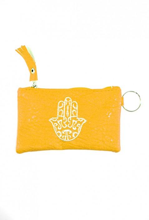 Pochette jaune main de Fatma