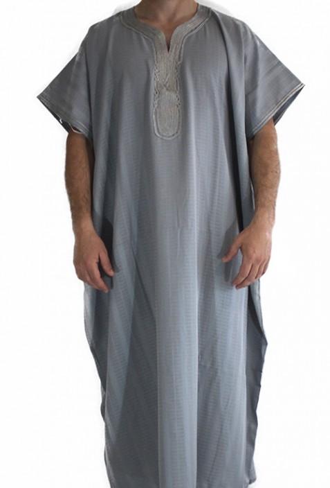 Hombre gris Chilaba