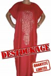Mujer chilaba roja en liquidación de existencias