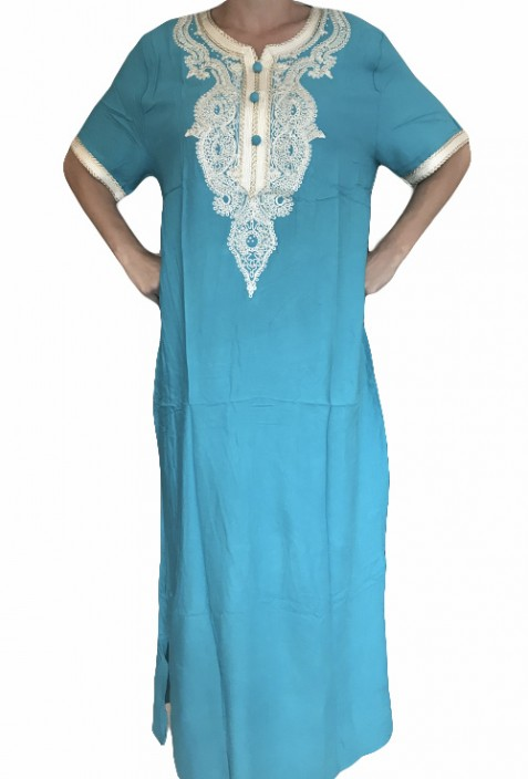 Djellaba femme bleue ciel avec broderies et brillants