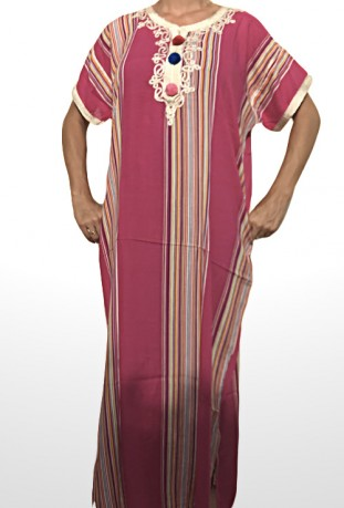 Mujer Chilaba rosa y oro Zagora