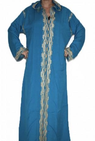 Red Djellaba Frau Rabat