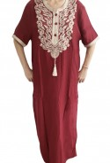 Djellaba femme rouge broderies blanches et perles