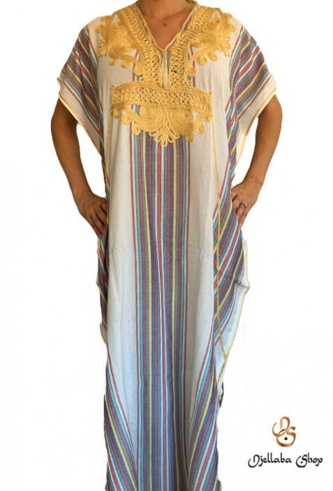 Caftán blanco 2021 de mujer con bordado dorado