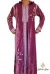 Long-sleeved pink velvet kaftan with embroidery