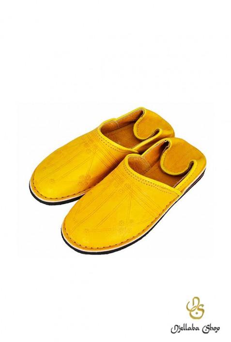 Babouches en cuir jaune berbere