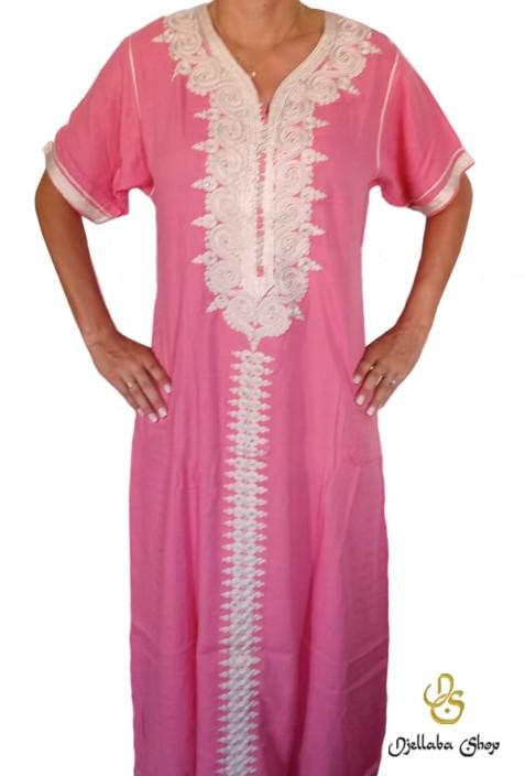 Djellaba Frau rosa weiße Stickerei und Strasssteine